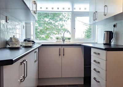 Rent a flat at Rainbow Court Torquay - Flat-5-kitchen
